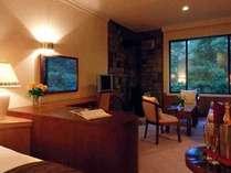 2ベッドルームのJr.スイート。薪をくべて使える暖炉も。(54.5m2+バルコニー6.7m2)の画像