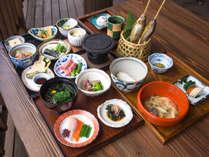 採れたての山菜と野菜を中心とした『白馬 山の和食コース』のご提供をはじめましたの画像