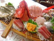 伊豆の新鮮な地魚を舟盛りプランでどうぞ♪(舟盛り一例)
