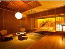 2014年7月に新設した和室「橡」。松をバックにした寝室と広々とした居室空間のおもてなし
