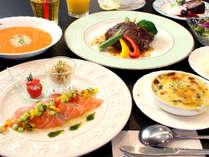 【オードブル×牛フィレステーキ♪】四季折々☆彩り豊かな創作料理をお洒落なダイニングで満喫