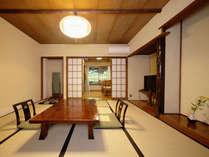 コンパクトなつくりながら、早川渓谷を望む露天風呂のある1階客室