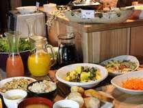 朝食バイキング1F海月にて朝7:00~9:30