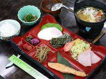 *ご朝食一例/丁寧にお作りする和朝食。温かいお味噌汁もたっぷり付いてボリュームもしっかり。