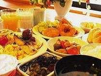朝食の1例です。1日の元気はおいしい朝食から♪是非お召し上がりください♪