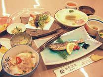*【夕食一例】温泉水を使用した『温泉鍋』が名物。猪肉ややまめなど、地場産の食材をたっぷりと使用!