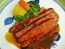 【夕食】じゅっわーっとお口いっぱいに和牛の旨味が広がります!