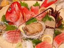 あわび、伊勢海老、金目鯛のお刺身&しぶしゃぶセットがメインのCコース(写真は3~4名様分)