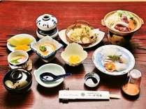 【部屋食確約♪1泊2食プラン♪ポイント2%】小川屋自慢の会席料理をお部屋食でゆっくりとお召し上がり下さい