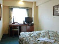 デラックスシングルA 1400サイズのセミダブルベッドです。