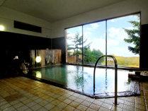 女湯◆眼下に広がる景色を眺めながら温泉浴♪