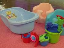 屋内有料貸切風呂には小さいお子様用グッズの貸し出しもございます。