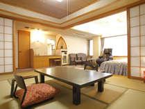 【特別和洋室】当館で広さも設えもワンランク上。ベッドルームまで段差なし