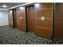 客室エレベーターホール