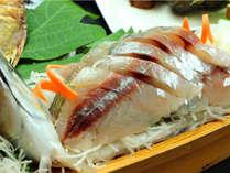新鮮な厳選魚介を当館料理長が丁寧に調理してお出しする会席コースをご用意しています,三重県,リゾートホテル ローズガーデン志摩