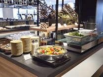 朝食:2階 レストラン「OYOBA-RE」