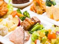 【朝食バイキング】定番の和惣菜から手の込んだ洋風料理まで豊富なメニューをご用意!