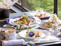 *鮎シーズンは、鮎を使ったお料理が。郡上の鮎は過去3回日本一を受賞しています。