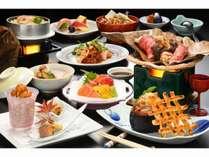 「松茸茶碗蒸しと松茸の釜飯」と「和牛茸巻きのほう葉焼き」当館人気No.1凛(りん)プラン