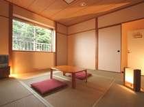 「和室」は清潔でシンプルです。赤ちゃん・お子さまづれには大変便利なお部屋です。