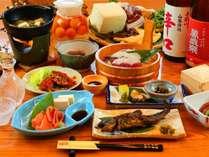 ■~熊づくし御膳~ 熊肉は甘みと旨みが強く、さらっとした油が特徴。当館ならではのお食事です。