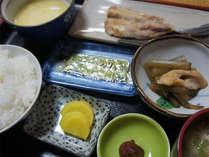 【日替わり朝食一例】隣接する「ととや」でお召し上がりください