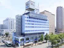 ≪ホテルパールシティ秋田竿燈大通り≫JR秋田駅西口から車で3分。山王大通り沿いのホテルです。
