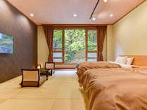 *【新館:和モダン客室一例】2017年リニューアルした新しい客室。照明の明暗・色彩調整も自在です