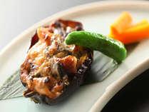 長野県旅館組合推奨のまぁーずの丸ナス焼きです。酒粕、味噌、野沢菜を使ってます。