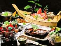 グルメプラン料理一例です(活伊勢海老、あわび、金目姿煮、舟盛付き)