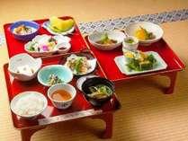 お寺で宿泊精進料理堪能プラン「三の膳付き」のお料理です