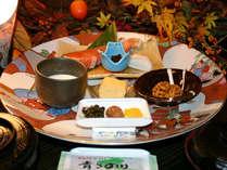 【朝食プラン】高知名物の皿鉢スタイル和定食で朝から土佐人気分をご堪能