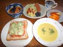 *[朝食/洋食一例]日替わりで「和食」又は「洋食」をご用意致します