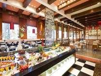 中国料理「チャイニーズ・テーブル」フレンチコロニアルをコンセプトにしたスタイリッシュな空間