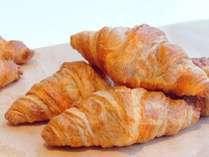 【ご朝食】レストラン「グランサンク」おすすめ☆焼き立てクロワッサン