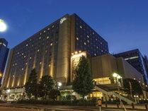 当面の間、東京ディズニーリゾート(R)パークチケットの販売は行っておりません。