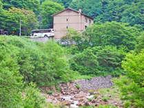 *信州の山奥にひっそりと佇む秘湯「五色温泉」五色の湯旅館 外観