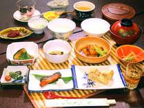*朝食一例 朝でも手を抜かず、時間をかけた品目豊富な和朝食をお楽しみください。,長野県,五色の湯旅館