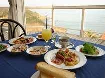 ◇朝食◇レストランで海を見ながら