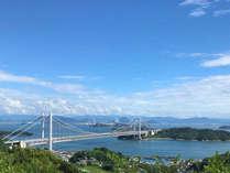 瀬戸内海の多島美と雄大な瀬戸大橋を一望できるロケーションです!
