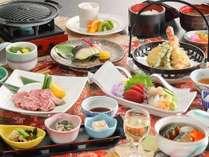 上州牛プレート焼き、銀鱈の西京焼きなど秋の味覚を贅沢に。