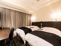 客室例:ツインルーム・12平米・100cm幅ベッド2台