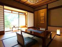 【介山荘スタンダード客室】離れの静かなお部屋でごゆっくりおくつろぎ下さいませ。