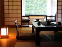 『牧水荘』シンプルな造りの純和風客室です。