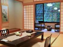 『牧水荘』はシンプルな造りの純和風客室です。