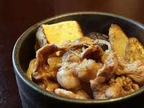 白ご飯の上に乗せれば「牛丼」に?!卵+牛肉+ご飯は相性ばっちり☆