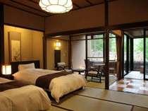 介山荘半露天風呂付き和風べっどるーむ