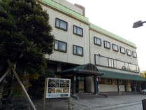 ■外観■北陸道『敦賀IC』より約5分/北陸線『敦賀駅』より徒歩10分♪ビジネスに観光にご利用下さい★