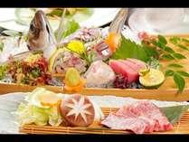 「日南のブランド魚【めいつ美々鯵】姿造り」と「宮崎ブランド牛【宮崎牛】陶板焼」