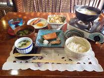 *【朝食全体例】旬の素材、地元の素材にこだわった朝食をご用意いたします。